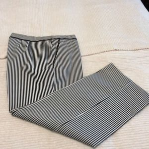 St. John brown/white seersucker pant